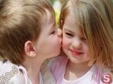 الإسم: طفل يقبل طفلة  الوصف: طفل يقبل طفلة  عدد الزيارات: 3816